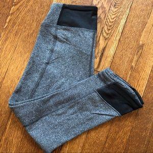 lululemon mid-rise cropped yoga pant